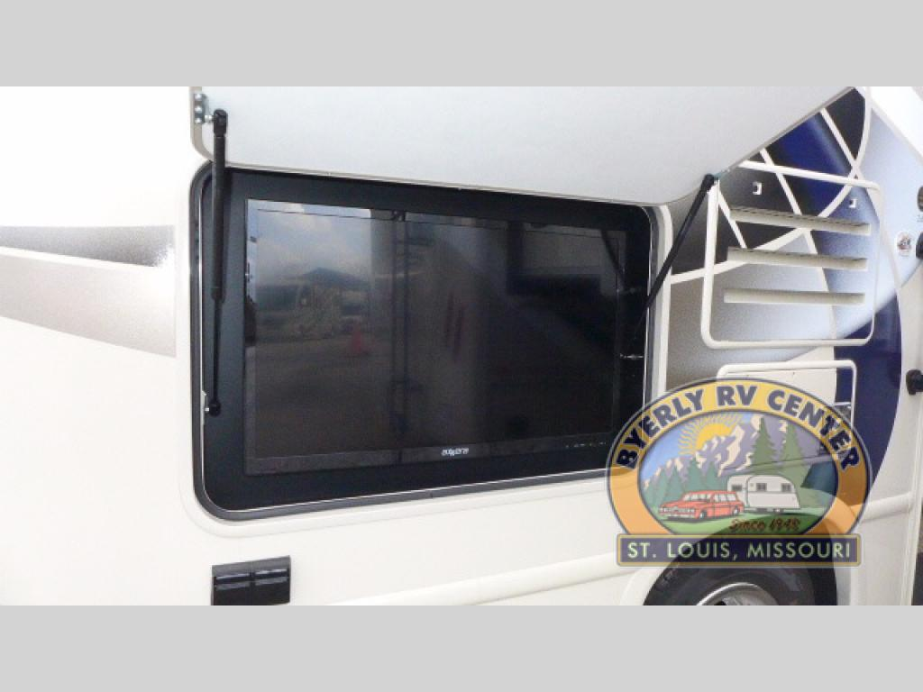 Thor Motor Coach Four Winds Class C Motorhome Outdoor TV