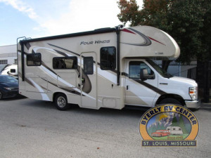The Thor Four Winds 23U has everything you want in an RV, in only 24'. See it at Byerly RV